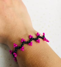 Beaded Bracelet, Handmade Bracelet, Unique Bracelet, Pink Bracelet, Trendy Beaded bracelet, popular bracelets for teens, beaded jewelry design, handcrafted Burlington, 01803
