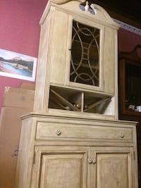 Antique  china cabinet Wilmington, 28401
