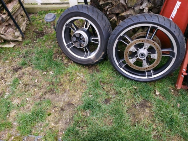 Used Harley Davidson Wheels >> Harley Davidson Motorcycle Wheels With Tires And F