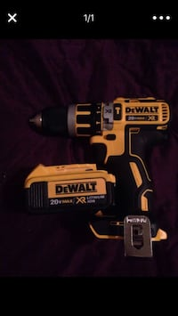 DeWalt cordless hand drill with charger Portland, 97216