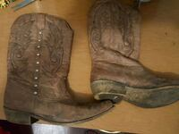 Buckle Cowgirl Boots size 9 Story County