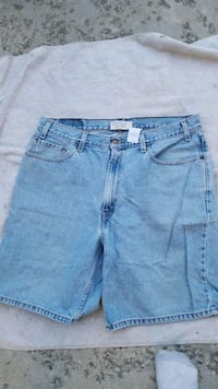 Good looking Levi's jean shorts mens 38 Spokane, 99207