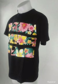 black and yellow floral crew-neck shirt