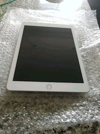 Ipad 5th Gen 120Gb Edmonton, T6W 3C5