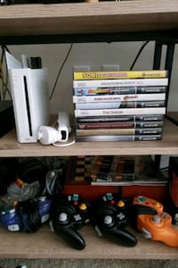 Wii and gamecube (consoles and games)