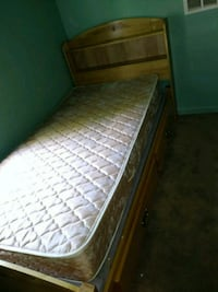 Trade for bed frame and box spring Inkster, 48141