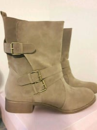Lady's new boots/new price  Hamilton, L8N