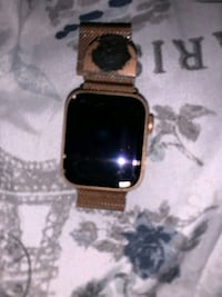 Apple 40mm Gold Watch (cellular and wifi) Lexington, 40515