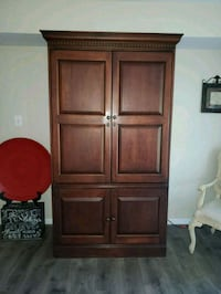 brown wooden 4-door cabinet Aldie, 20105
