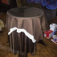 Round wooden table with table cloths and glass Santa Clara, 95050