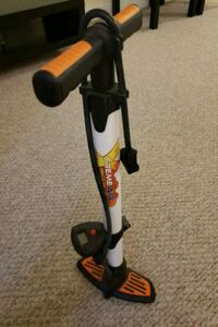 Bicycle tire pump Quincy, 02169