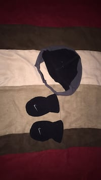 Nike Infant hat and mittens  Port Jervis, 12771