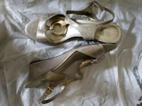 Ladies gold wedge shoes  Gaithersburg, 20877
