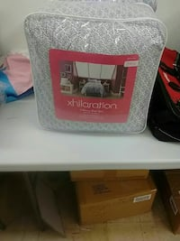Brand new 6 piece bed in a bag