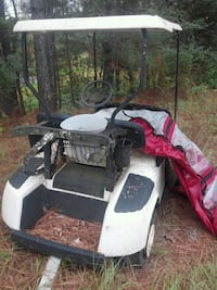 Ez go golf cart needs 6 batteries make offer need gone asap has cover Florence, 39073