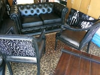 Tufted leather black sofa Las Vegas, 89123