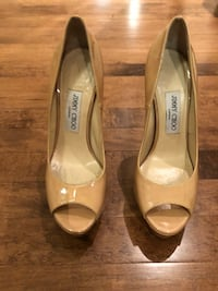 JIMMY CHOO like new beige size 38 Laval, H7X