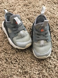 Toddler Nike shoes Springfield, 22150