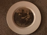 round white and brown ceramic decorative plate Wallingford, 06492