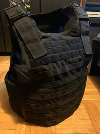 Tactical vest - (Large) Carrier only