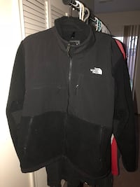 Black North Face Jacket (Large) Bristow, 20136