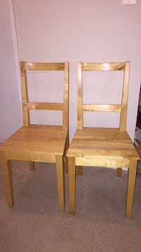 Two wood chairs Falls Church, 22044