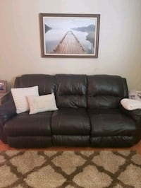 Couch and love seat Lusby, 20657