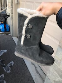 Women's brand new winter boots size 8 滑铁卢, N2V 0C4