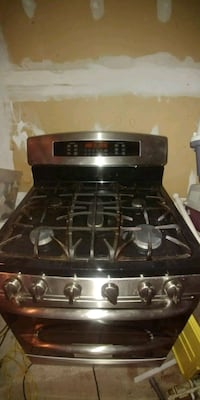 GE profile gas range double oven covectional oven Markham, L3S