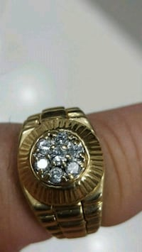 Mens gold cluster ring Frederick, 21703