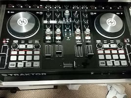 Traktor S4 with flight case