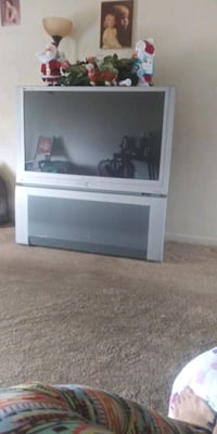 TV with surroud sound (50 OBO need Food!!!!Or would not be selling