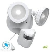 Defiant 180-Degree White Solar Powered Motion Activated Outdoor Integrated LED Flood Light NEW Plantation