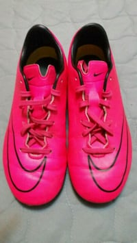 Soccer cleats  Tulare, 93274