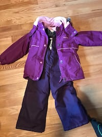 Snow suit size 4T Laval