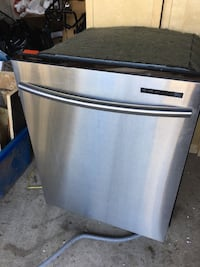 Good quality dishwasher. All Stainless steel.  TORONTO