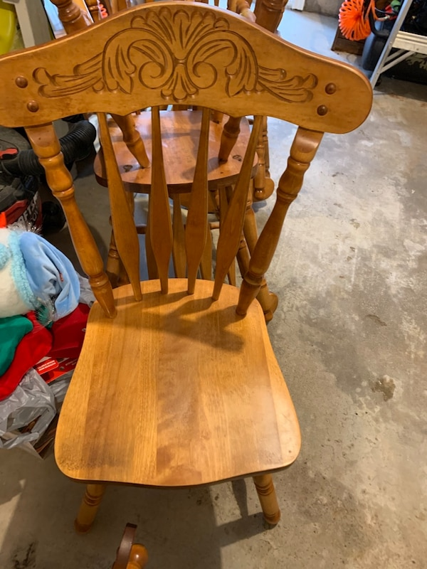 4 chair set available -$10 each f38d94be-dfdd-4bbe-9d78-2be2386d640e