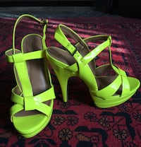 New size 8 neon yellow heels/shoes Vancouver, V5X 1H2