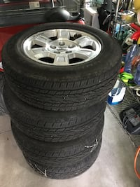 Honda - Ridgeline - tires with rims, great condition with sensors 245/65/R17 Baldwinsville, 13027