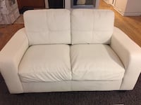 WHITE FAUX LEATHER LOVE SEAT NEED GONE ASAP $350 OBO Toronto, M6H