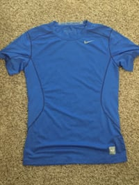 blue crew-neck t-shirt Knoxville, 37918