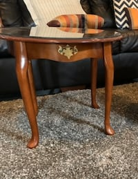 End table / center table / coffee table Anaheim, 92804