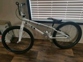 STANDARD 24INCH BMX, DAGGER CARBON FIBER FORKS AND MUCH MORE.