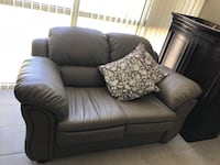 (2) Person Couch / Sofa / Love Seat Vaughan, L4L 1S2