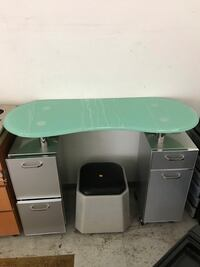 Manicure Table: Super Sale: $20-$80 each.  Today Super Sale.  Hurry Up!  From $20.00.   Sacramento, 95824