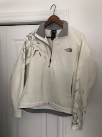 The north face jacket size : M Gatineau, J8Y 6X4