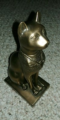 Cat Figurine Saint Thomas, N5P 4K7