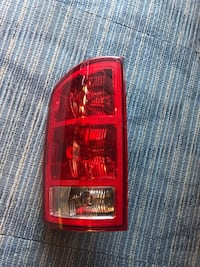 Dodge - ram - 2003 4 5 left rear tail light Centreville