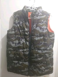 Old Navy Boy's Army Skull Vests
