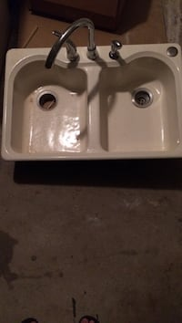white ceramic dual sink with stainless steel faucet Medford, 08055